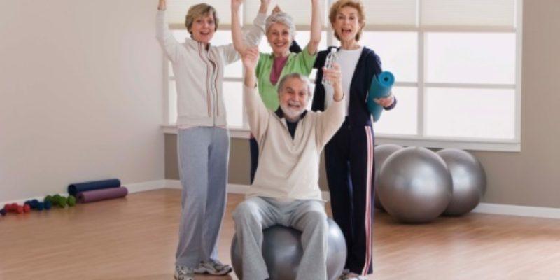 -Attivita' fisica per Anziani-5 Esercizi da svolgere a casa-