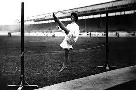 Alice Milliat salto