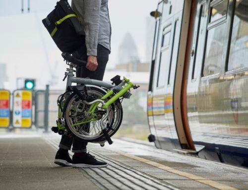 """– Trieste – La Brompton organizza una """"spesa-furto"""" in bici"""