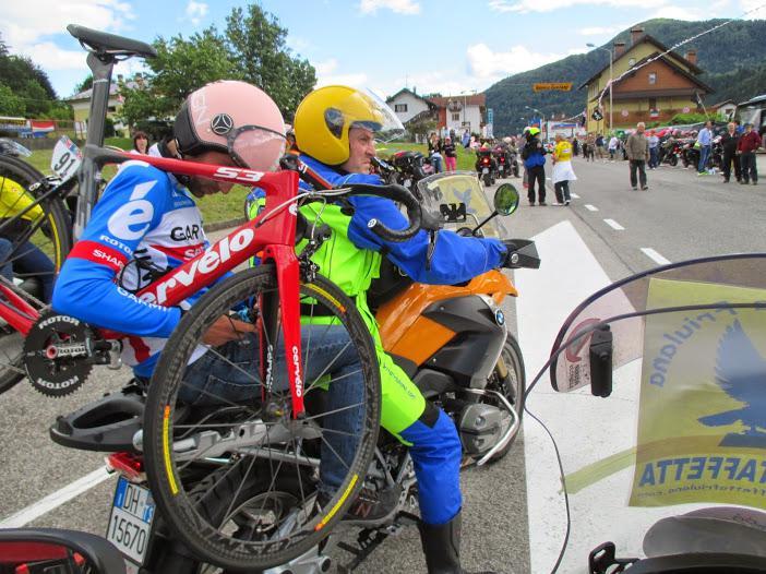 Motostaffetta PIT-STOP MECCANICI AL GIRO D'ITALIA