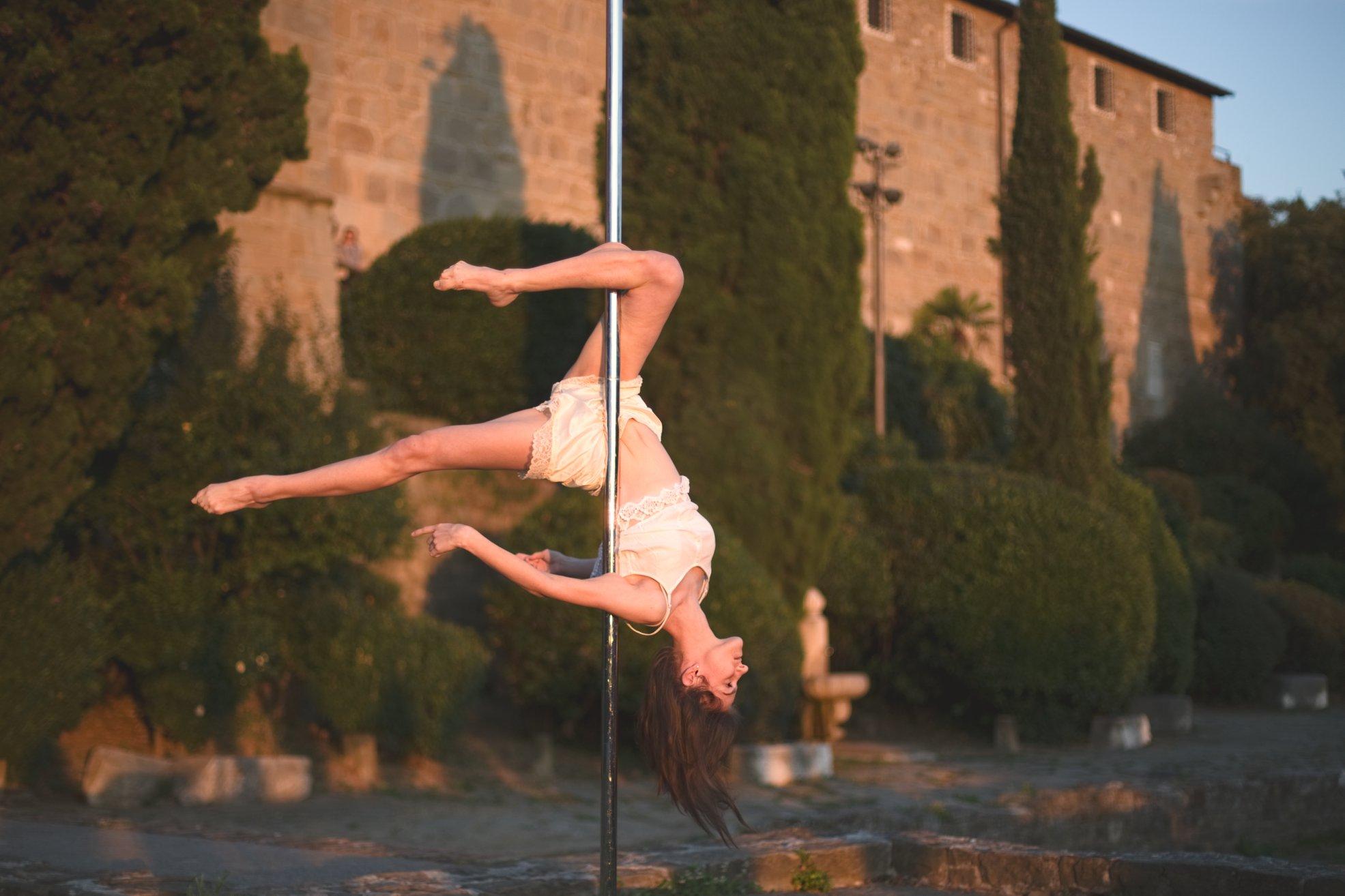 allenamento pole dance