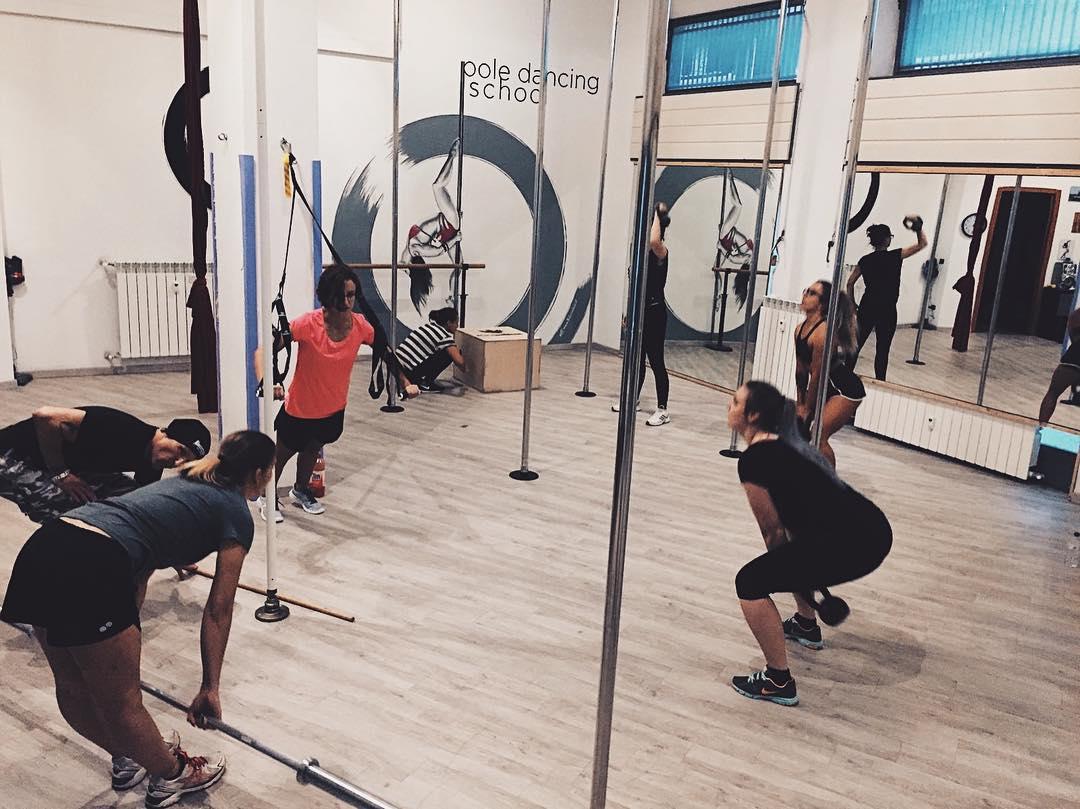 pole dance allenamento forza